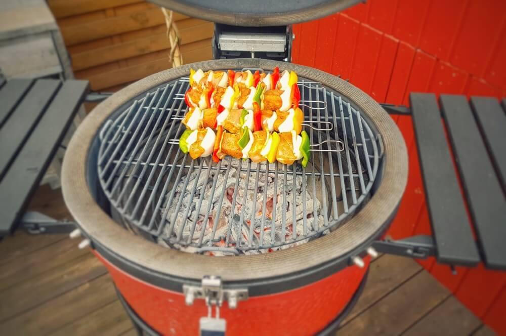 Schaschlikspieße auf dem Kamado Joe schaschlik-Schaschlik Schaschlickspiesse 04-Schaschlik – Schaschlikspieße vom Grill
