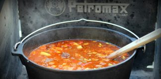 Gulaschsuppe Dutch Oven