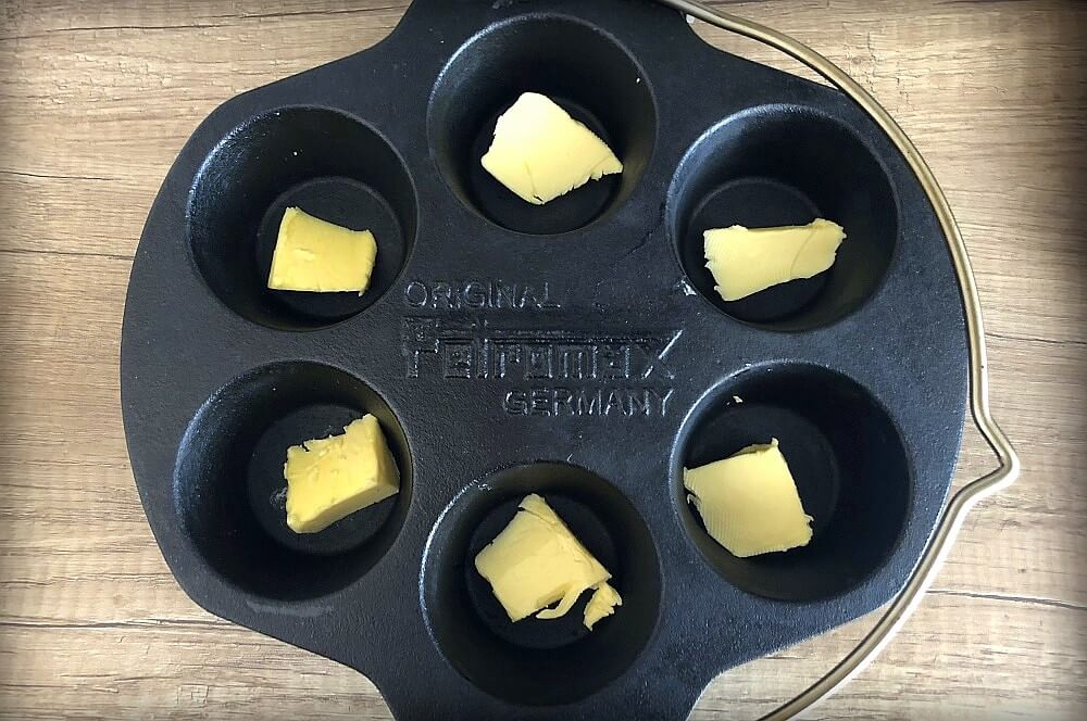 Petromax Muffinform mf6 muffin pan chicken-Muffin Pan Chicken Cupcake Chicken 02-Muffin Pan Chicken – Cupcake Chicken aus der Muffinform