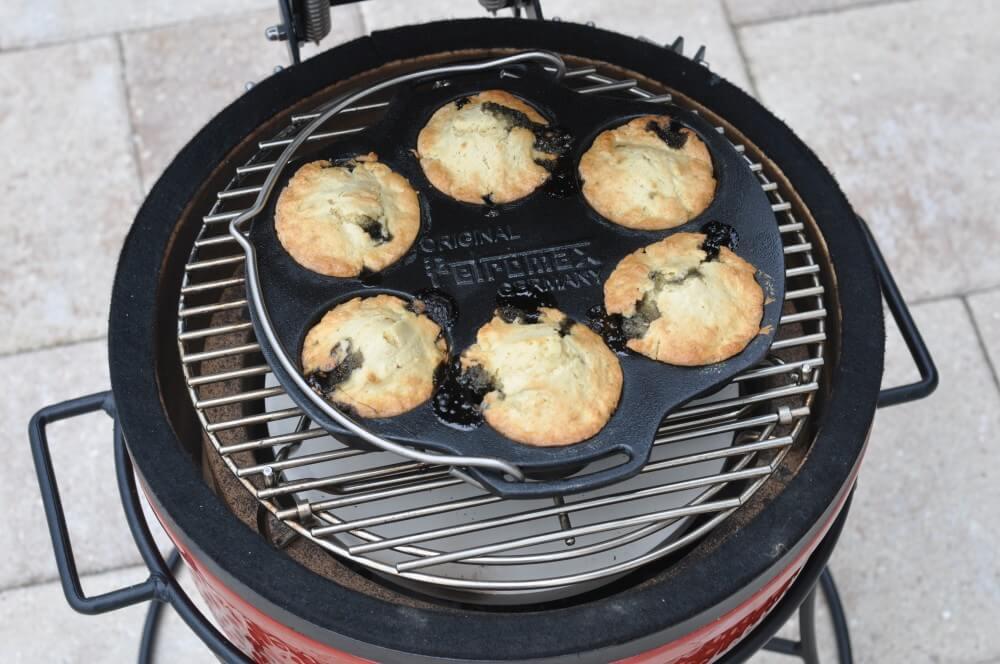 Lakritz-Muffins vom Kamado Joe Junior Joe lakritz-muffins-Lakritz Muffins 05-Lakritz-Muffins mit schwedischer Lakritze