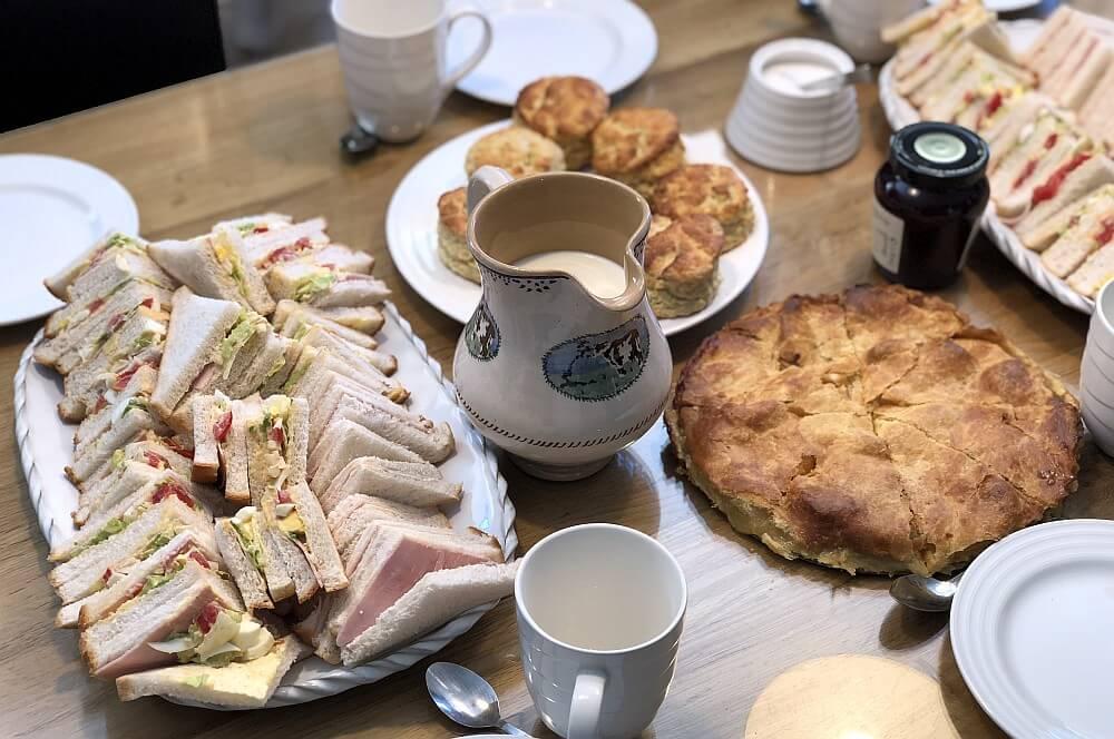 Scones, Tee und Sandwiches für den kleinen Hunger  irland-reise-Kerrygold Bloggerreise Irland Weidehaltung Rinderzucht 11-Irland-Reise 2018 mit Kerrygold