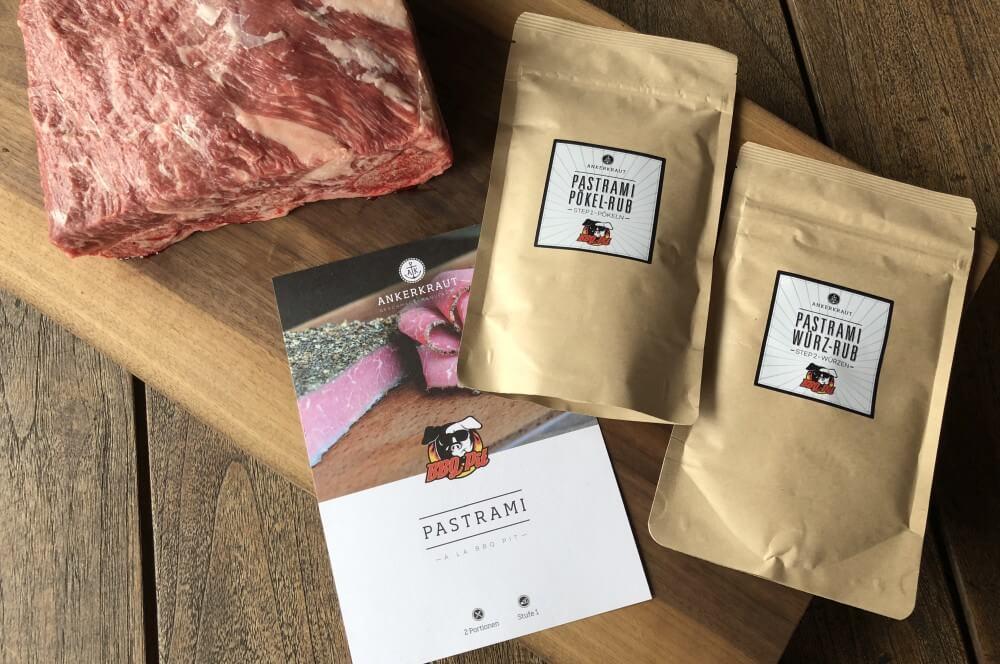 Pit Powder Pastrami meets Short Ribs pastrami short ribs-Pastrami Short Ribs 02-Pastrami Short Ribs – Beef Ribs mit Pit Powder Pastrami