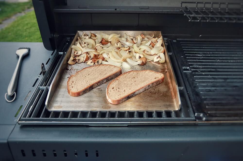Grillrost.com Plancha edelstahl-grillplatte-Edelstahl Grillplatte Plancha Grillrost com 02-Edelstahl-Grillplatte / Plancha von Grillrost.com im Test