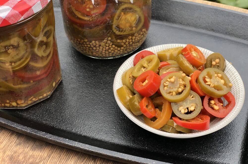 Eingelegte Jalapenos selber machen eingelegte jalapenos-Eingelegte Jalapenos selber machen Chilis 01-Eingelegte Jalapenos – Chilis selber einlegen