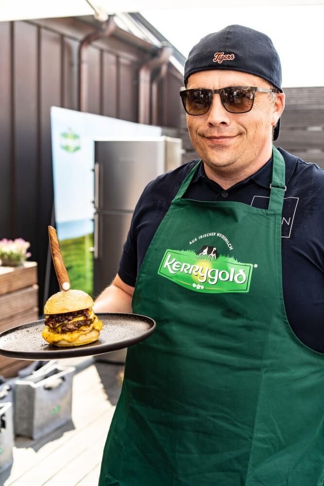 Martin Fürst kerrygold cheddar burger challenge-Kerrygold Cheddar Burger Challenge 2018 09-Kerrygold Cheddar Burger Challenge – Das Finale in Hamburg