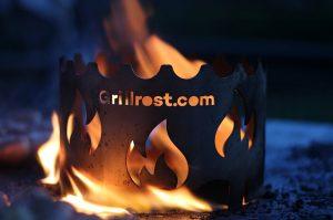 feuerplatte-Feuerplatte Grillrostcom 13 300x199-Feuerplatte von Grillrost.com im BBQPit-Test