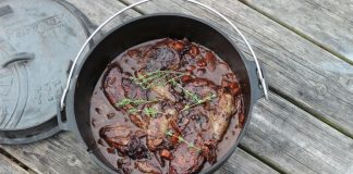 Coq au vin Dutch Oven