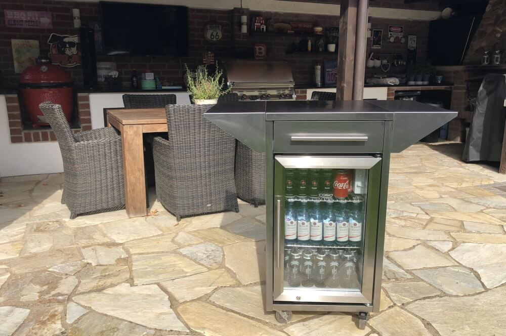 Der CASO Counter & Cool Outdoorkühlschrank outdoor-kühlschrank-Caso BBQ Cooler Counter Cool Outdoor Kuehlschrank 01-Outdoor-Kühlschrank  – der CASO Barbecue Cooler Counter & Cool