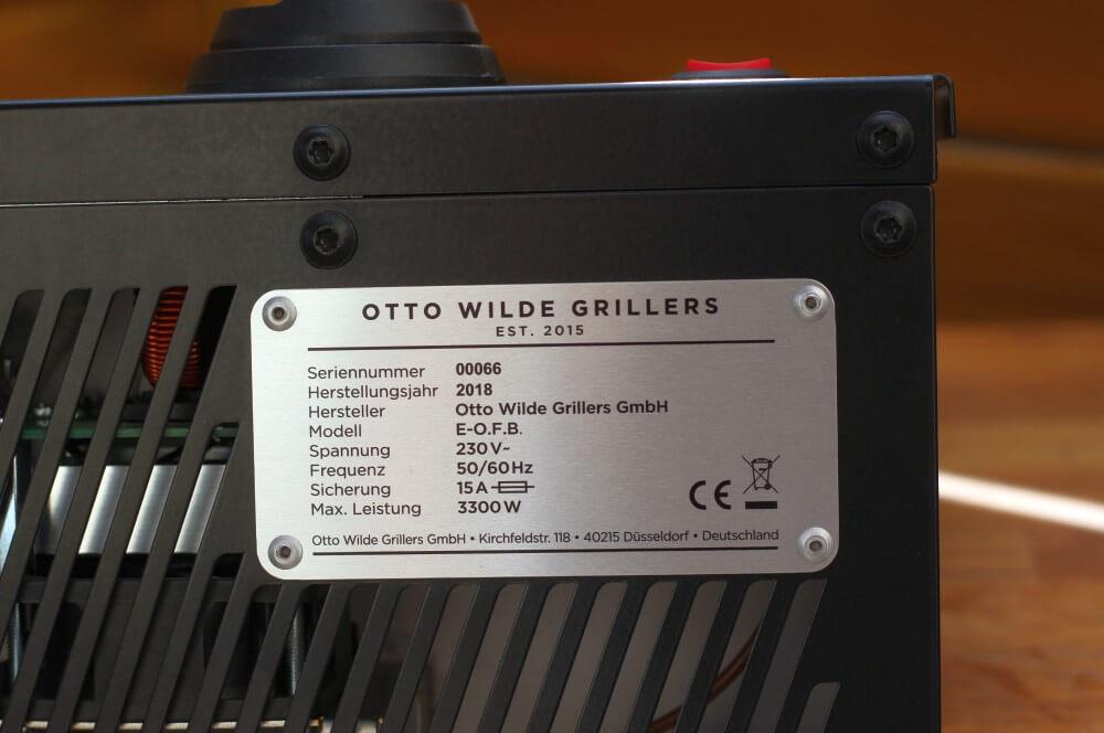 Der Elektro-O.F.B. hat 3300 Watt Leistung elektro o.f.b.-Ottos Elektro OFB Over Fired Broiler Otto Wilde Grillers 03-Elektro O.F.B. im Test – 800°C Oberhitze aus der Steckdose