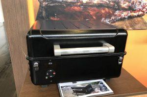 grill-neuheiten 2019-Grill Neuheiten 2019 Grilltrends Spoga 22 Traeger Pelletgrills 300x199-Grill-Neuheiten 2019 – Die heißesten Grilltrends der Spoga
