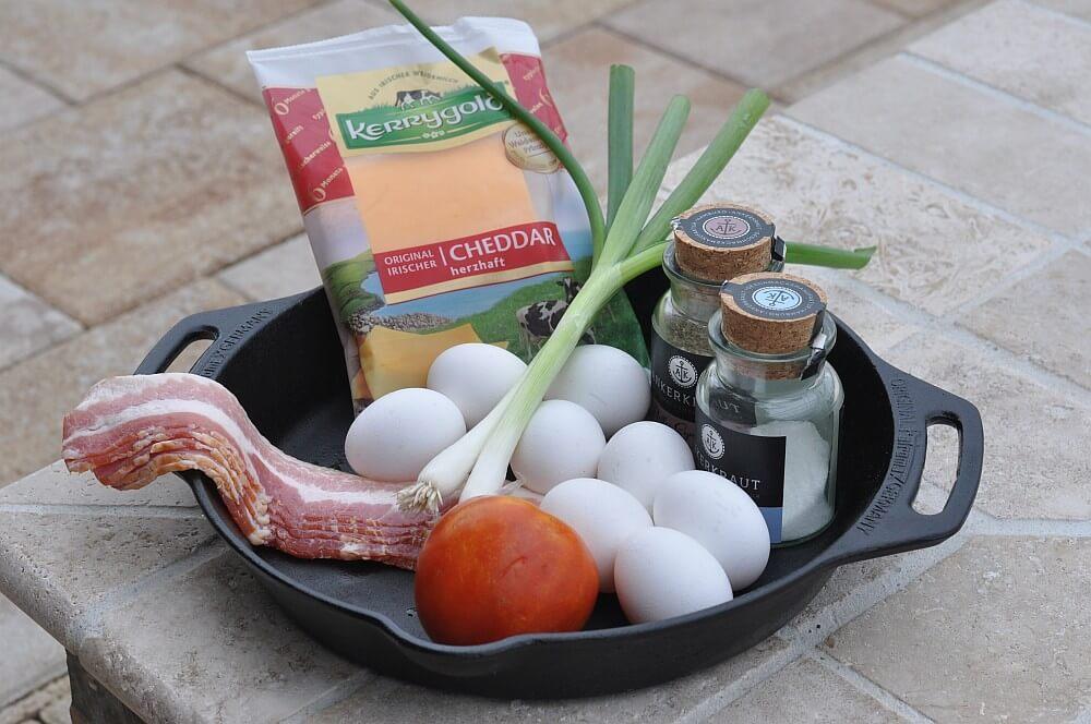 Omelett Zutaten  omelett-Omelett Cheddar Bacon 01-Omelett mit Bacon & Cheddar