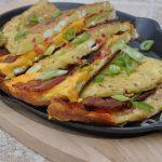 omelett-Omelett Cheddar Bacon 06 150x150-Omelett mit Bacon & Cheddar