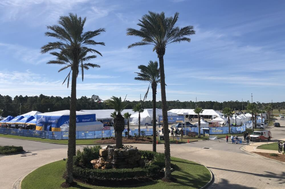 Blick auf das Wettkampfgelände der World Food Championships in Orange Beach world bbq champion 2018-World BBQ Champion 2018 World Food Championships BBQ Wiesel 02-World BBQ Champion 2018 mit den BBQ Wieseln in Orange Beach!