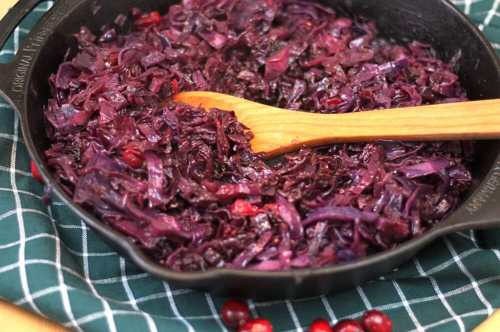 Rotkohl selber machen mit Äpfeln und Cranberries rotkohl selber machen-Rotkohl selber machen 05-Rotkohl selber machen – Rezept für Apfel-Rotkohl