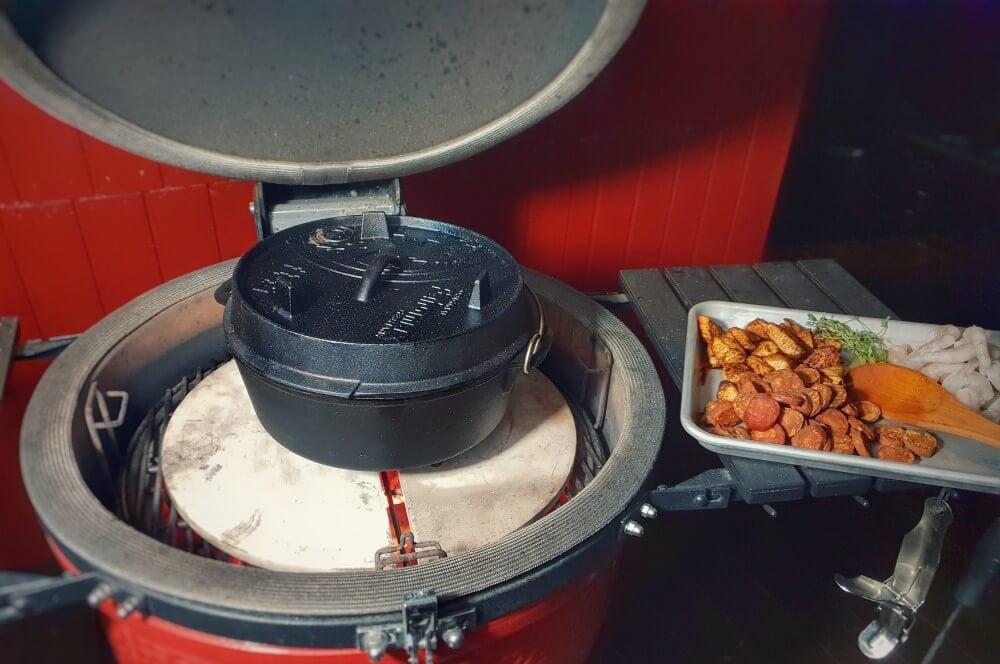 Die Jambalaya wird mit geschlossenem Deckel zubereitet jambalaya-Jambalaya kreolische Reispfanne 04-Jambalaya – Kreolische Reispfanne mit Huhn & Shrimps