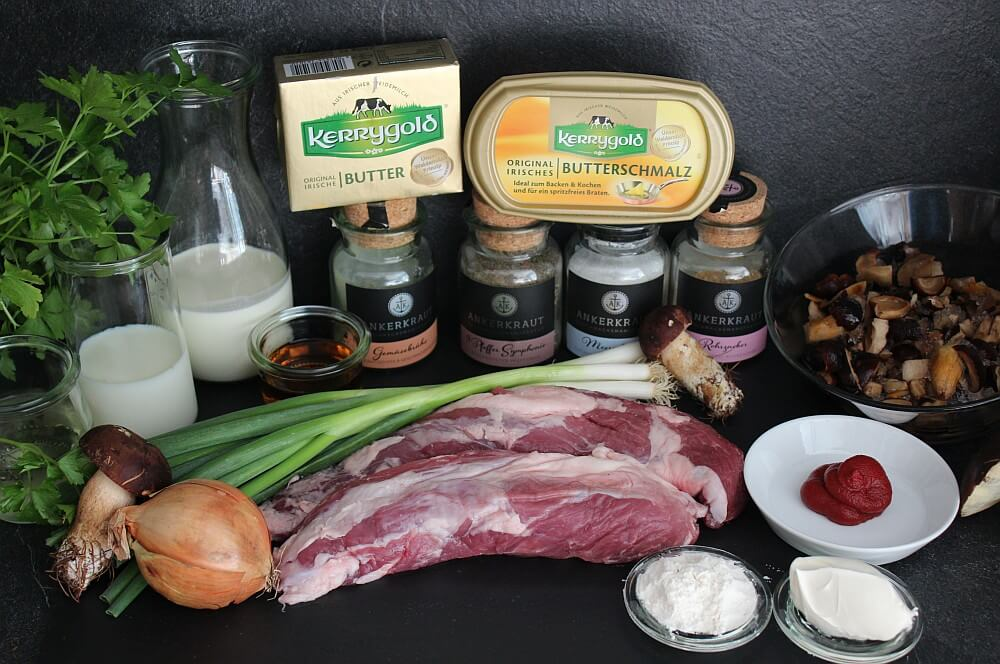 Alle Zutaten für Schweinefilet in Cognac-Rahmsauce auf einen Blick schweinefilet in cognac-rahmsauce-Schweinefilet Coganc Rahmsauce Steinpilz 02-Schweinefilet in Cognac-Rahmsauce mit Steinplilzen und Maronen
