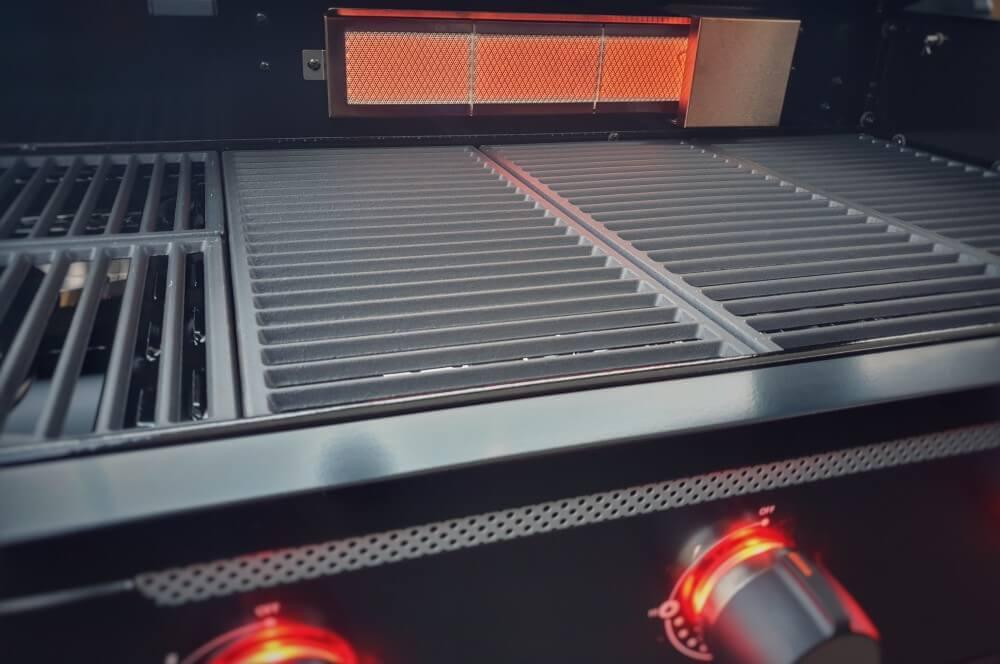 Der Heckbrenner des HALO TG5+ tenneker gasgrill halo tg5+-Tenneker Gasgrill HALO TG5 Test 16-Tenneker Gasgrill HALO TG5+ im Test