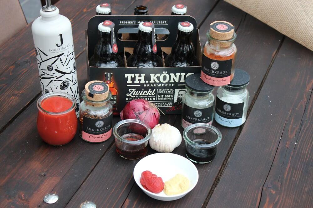 Alle Zutaten für die Bier-BBQ-Sauce auf einen Blick bier-bbq-sauce-Bier BBQ Sauce 01-Bier-BBQ-Sauce mit Kellerbier bier-bbq-sauce-Bier BBQ Sauce 01-Bier-BBQ-Sauce mit Kellerbier