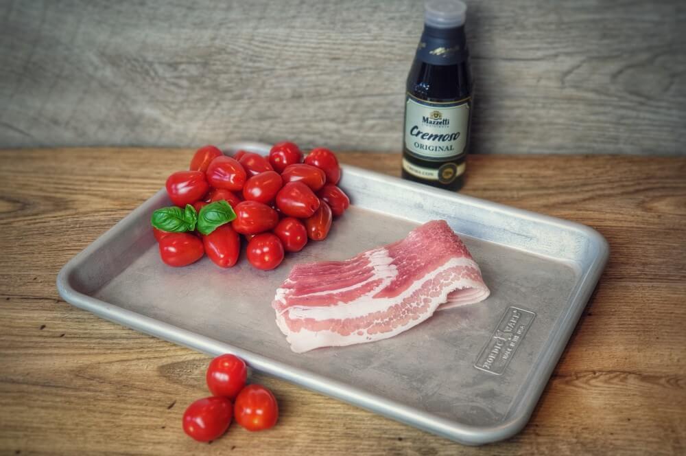 Alle Zutaten für Bacon-Tomaten auf einen Blick bacon-tomaten-Gesmokte Kirschtomaten im Speckmantel 01-Bacon-Tomaten – Gesmokte Kirschtomaten im Speckmantel