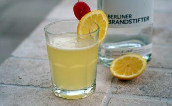 Gin Sour memyself bbqpit-Gin Sour gegrillte Zitrone 356x220-Über BBQPit