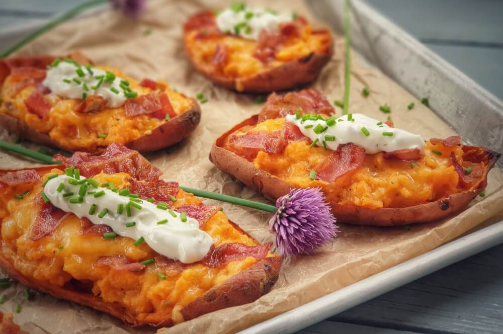 Gefüllte Süßkartoffeln gefüllte süßkartoffeln-Gefuellte Suesskartoffeln-Gefüllte Süßkartoffeln mit Cheddar überbacken