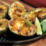 gegrillte avocado-Gegrillte Avocado Pura Vida Sauce 05 150x150-Gegrillte Avocado mit Pura Vida Sauce