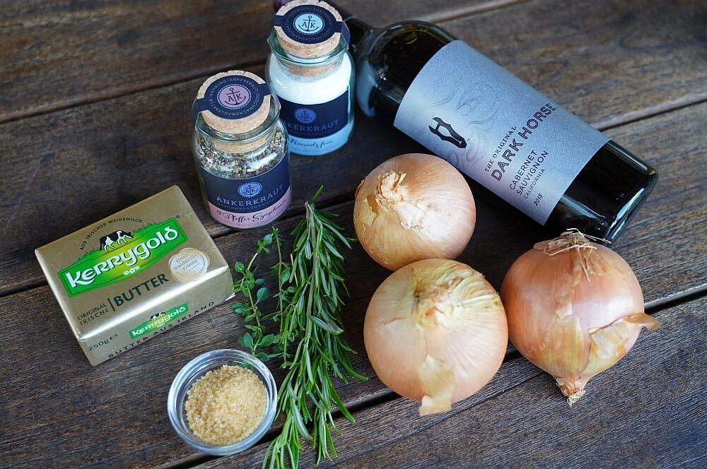 Alle Zutaten für Rotweinzwiebeln auf einen Blick rotweinzwiebeln-Rotweinzwiebeln 01-Rotweinzwiebeln | Rezept & Anleitung zum selber machen