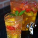 alkoholfreie bowle-Alkoholfreie Bowle Mango Erdbeere 02 150x150-Alkoholfreie Bowle mit Mango, Erdbeeren und Limette