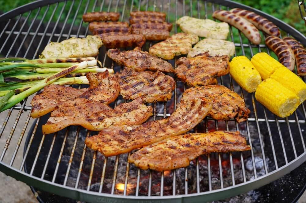 Schwenken auf dem Grillgalgen von Grillrost.com schwenkgrill-Schwenkgrill Grillgalgen Grillrost 11-Schwenkgrill / Grillgalgen von Grillrost.com im Test