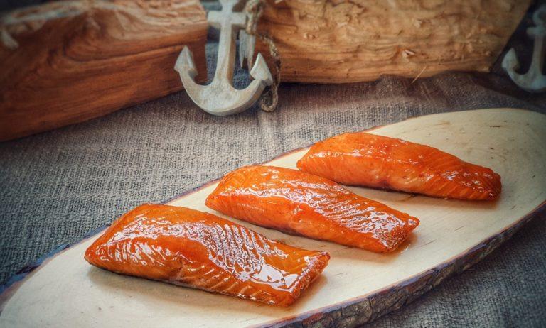 Candy Salmon – Kandierter Lachs aus dem Rauch