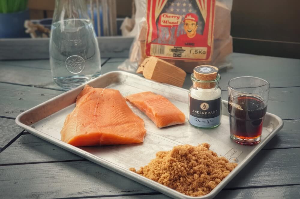 Alle Zutaten für Candy Salmon auf einen Blick candy salmon-Candy Salmon Kandierter Lachs 01-Candy Salmon – Kandierter Lachs aus dem Rauch