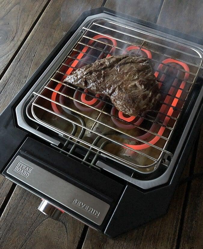 Das Severin Steakboard hat Power satt severin steakboard-Severin Steak Board Test 15-Severin Steakboard im Test – Schafft der Steakgrill wirklich 500°C?