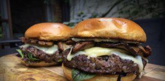 Steinpilz-Burger bbqpit.de das grill- und bbq-magazin - grillblog & grillrezepte-Steinpilz Burger Vintage Cheddar Wildkraeuter Salat 324x160-BBQPit.de das Grill- und BBQ-Magazin – Grillblog & Grillrezepte –