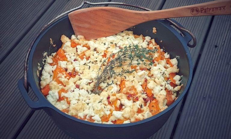 Kürbis-Gratin mit Feta und Kartoffeln
