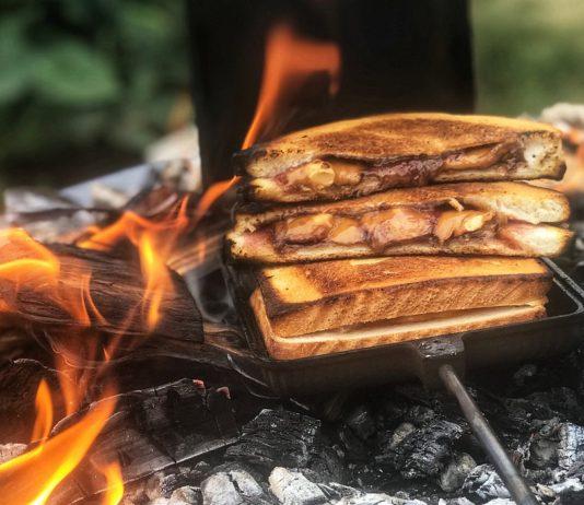 Toffifee Sandwich bbqpit.de das grill- und bbq-magazin - grillblog & grillrezepte-Peanut Butter Toffifee Sandwich 534x462-BBQPit.de das Grill- und BBQ-Magazin – Grillblog & Grillrezepte –
