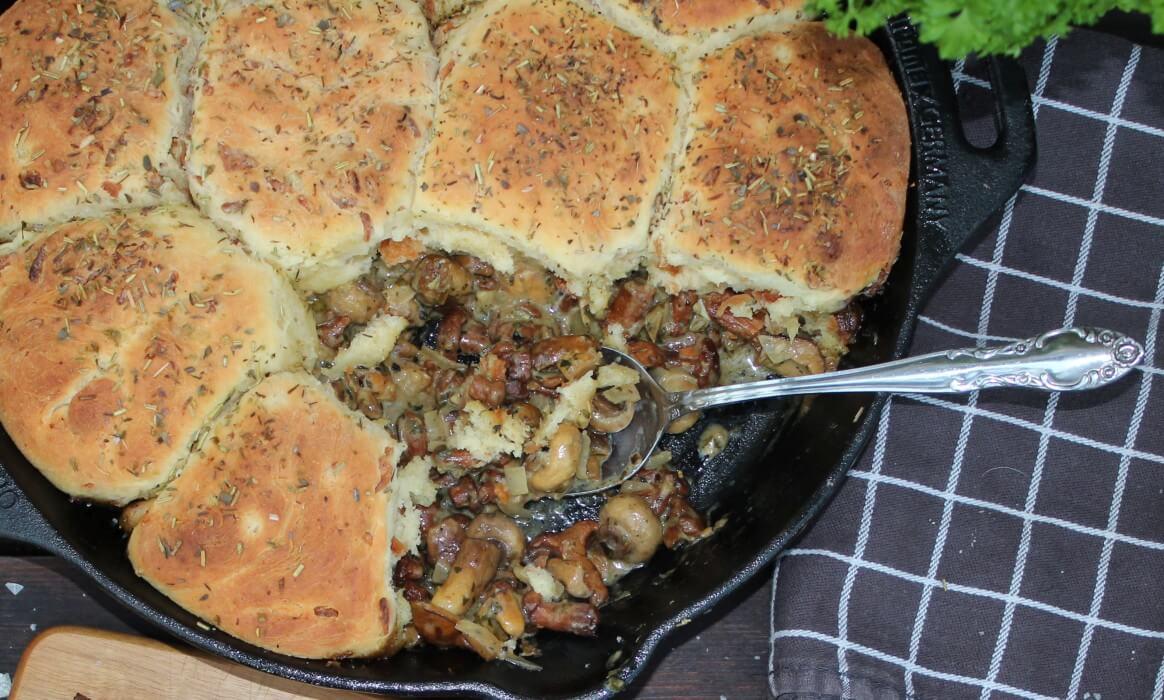 Kartoffelbuchteln mit Pilzragout