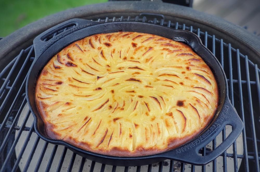 Apfelkuchen mit Marzipanguss vom Grill apfelkuchen mit marzipanguss-Apfelkuchen mit Marzipanguss 04-Apfelkuchen mit Marzipanguss