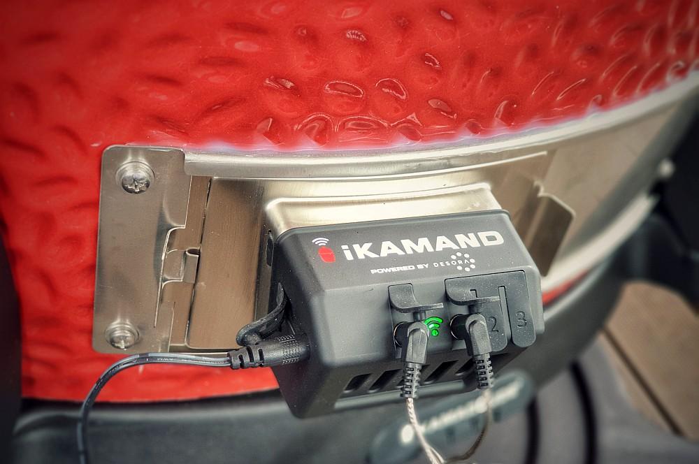 Der Lüfter bläst Zuluft in den Grill und heizt somit die Kohle an ikamand-iKamand Temperatursteuerung Kamado Joe 05-iKamand Temperatursteuerung für Kamado Joe Keramikgrills
