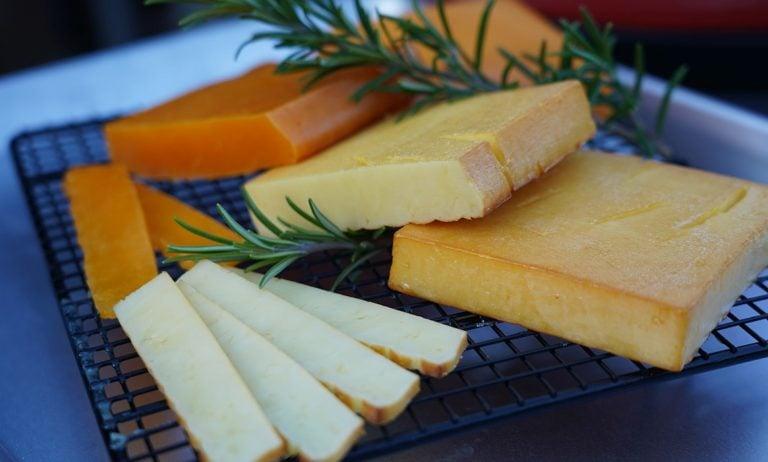 Käse räuchern – Geräucherten Käse selber machen