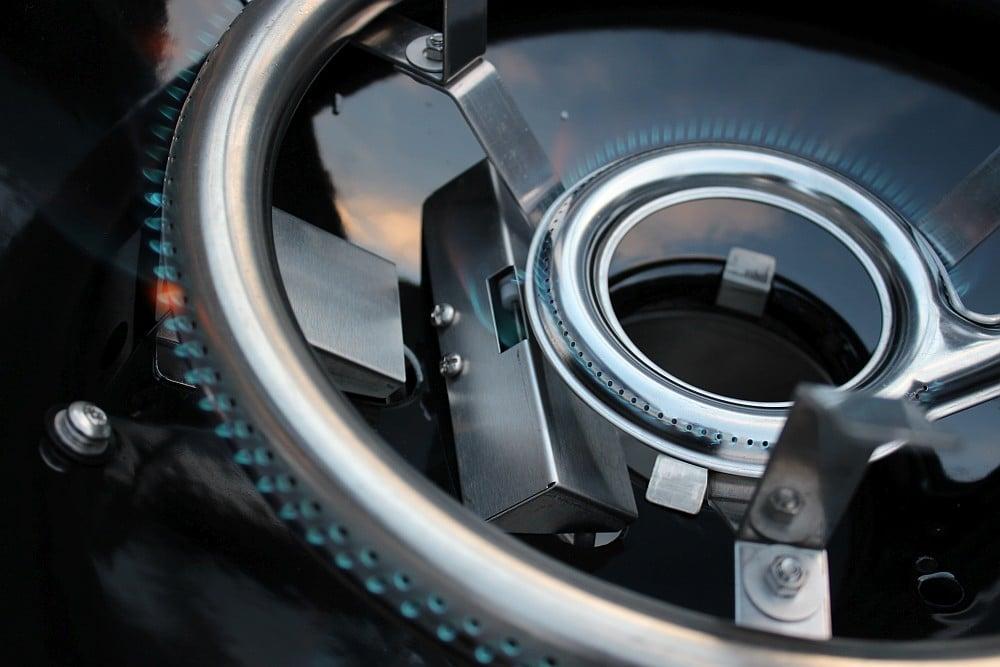 Gourmet Burner Technology (GBT) outdoorchef arosa 570 g grey steel-Outdoorchef Arosa 570 G Steel 09-Outdoorchef Arosa 570 G Grey Steel – Perfektion des Gas-Kugelgrills