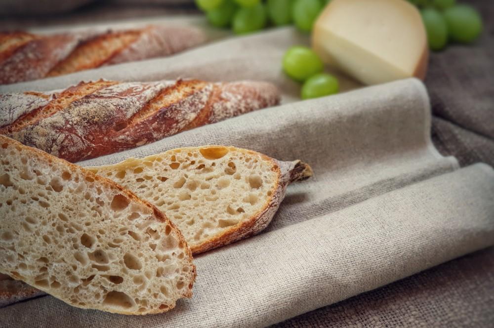 Feinporiges Baguette mit fluffiger Krume baguette-Baguette backen franzoesisches baguette 09-Baguette backen – Französisches Baguette selber machen