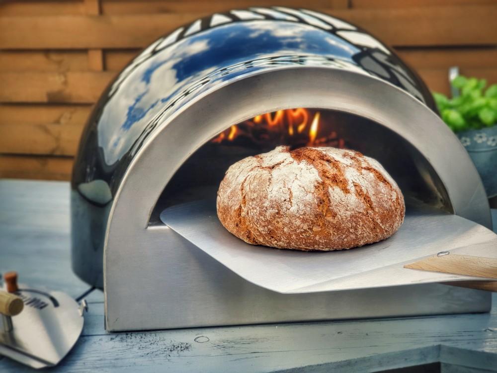 Brot aus dem Holzbackofen delivita holzbackofen-Delivita Holzbackofen 10-DELIVITA Holzbackofen – Mehr als nur ein Pizzaofen