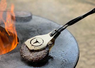 Burgerzange [object object]-Moesta BBQ VTong Burgerzange 324x235-BBQPit.de das Grill- und BBQ-Magazin – Grillblog & Grillrezepte –