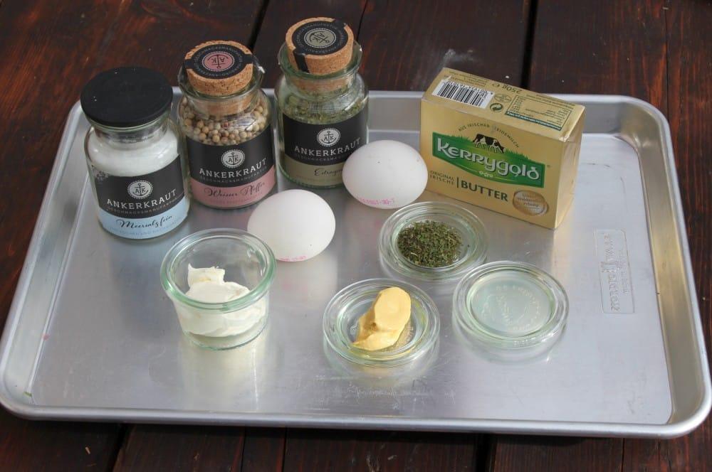 Butter ist die Hauptzutat für Sauce Bernaise sauce béarnaise-Sauce Bernaise Rezept 01-Sauce Béarnaise – einfaches und gelingsicheres Rezept