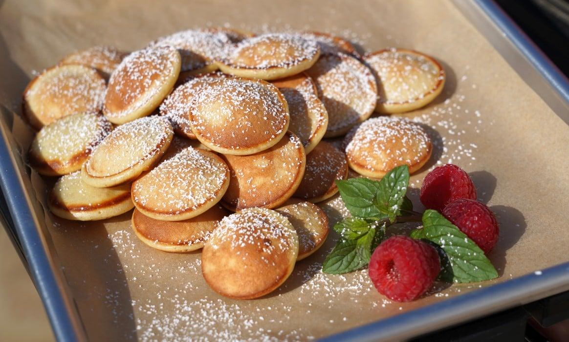 Poffertjes poffertjes-Poffertjes hollaendische Pfannkuchen-Poffertjes – Rezept für die holländischen Mini-Pfannkuchen