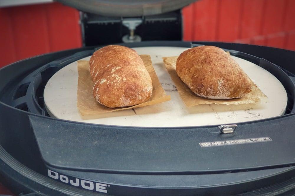 Das Brot wird 20-25 Minuten gebacken ciabatta-Ciabatta 05-Ciabatta – Rezept für das italienische Weißbrot