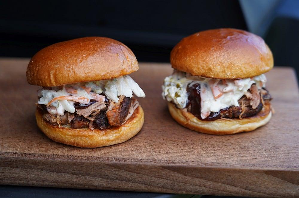 Pulled Pork Burger mit Coleslaw pulled pork vom elektrogrill-Pulled Pork vom Elektrogrill 05-Pulled Pork vom Elektrogrill
