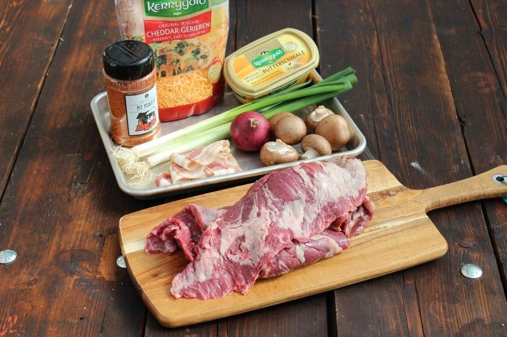 Alle Zutaten für Skirt Steak Rouladen auf einen Blick skirt steak roulade-Skirt Steak Roulade 02-Skirt Steak Roulade – XXL-Roulade aus dem Dutch Oven