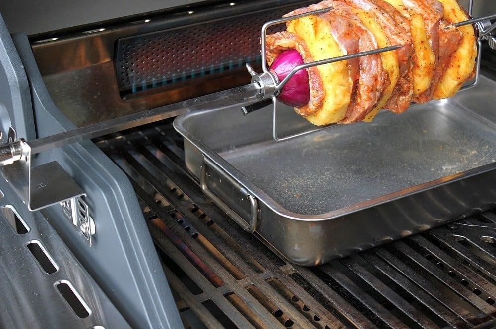 Der Backburner des Enders Monroe Pro 3 SIK Turbo im Einsatz enders monroe pro 3 sik turbo-Tacos al Pastor 05-Enders Monroe Pro 3 SIK Turbo Gasgrill im Test