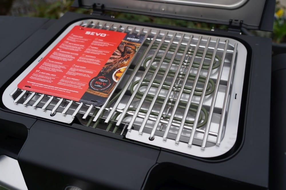 Der massive Edelstahl-Grillrost wiegt 2,5 kg severin sevo gts-Severin Sevo GTS Elektrogrill Test 06-Severin SEVO GTS Elektrogrill im Test
